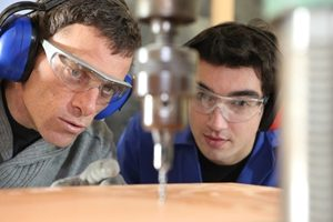 Apprenticeship and traineeship completion rates 'will increase through AASN'
