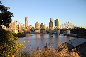How will the Queensland Budget grow the state's infrastructure?
