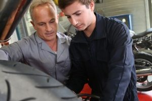 Businesses urged to make a Queensland Apprenticeship Pledge