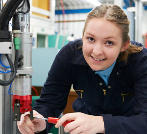 Queensland Government to Announce $32 Million Incentive Program for Young Apprentices